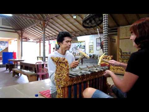 BALI - UBUD - PONDOK PEKAK LIBRARY : GAMELAN LESSON and more !