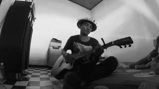 Download Mp3 Arumi Feat Ray Peni : Sing Ade Ubadne  Cover