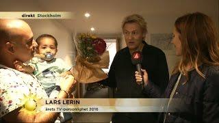 Maria Forsblom gratulerar Lars Lerin - Nyhetsmorgon (TV4)