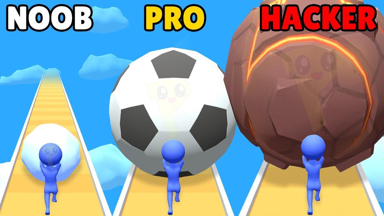NOOB vs PRO vs HACKER in Snowball Run