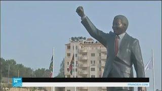 """فرانس 24"": عباس يدشن تمثال نيلسون مانديلا برام الله"