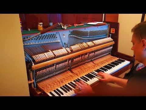 Pianino Belarus #1 przed i po strojeniu