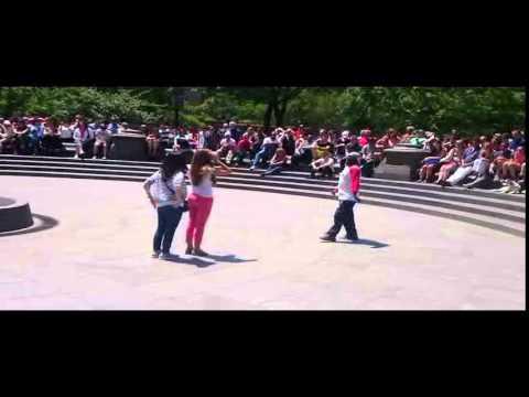 Tic & Tac Show in Washington Square Park 25/5/14