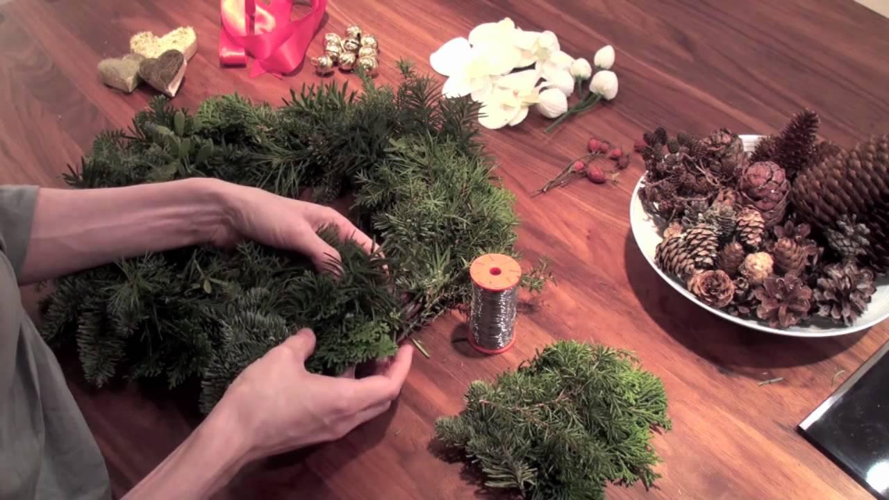 Hvordan binde en krans av vintergrønt