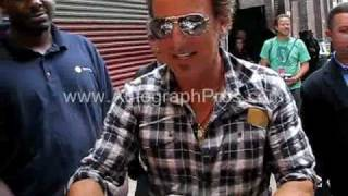 Bruce Springsteen Signing Autographs Live for Autograph Pros Charity Works