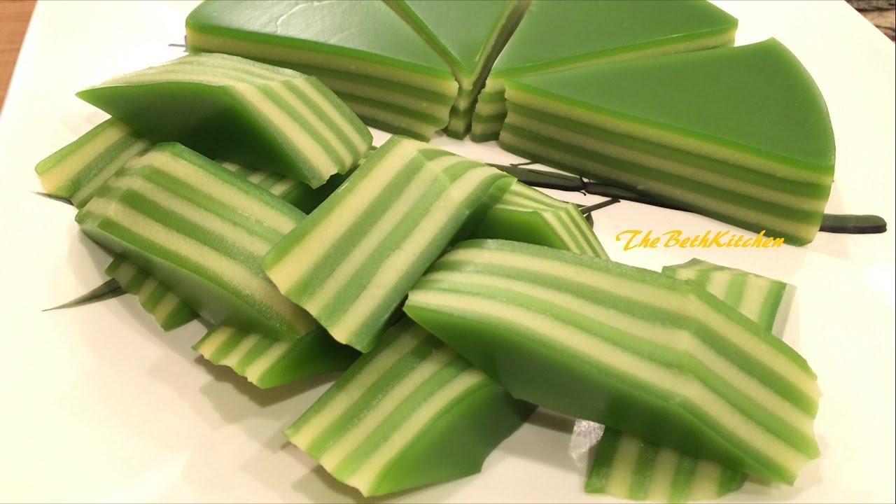 Bánh Da Lợn Đậu Xanh/Lá Dứa – Steamed Vietnamese Layers Cake