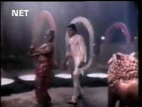 Thottu kattiya maappillai - 47 Natkal VIdeo Song