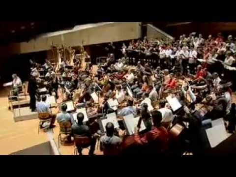 Brahms: Ein Deutsches Requiem - Simon Rattle, Berliner Phil