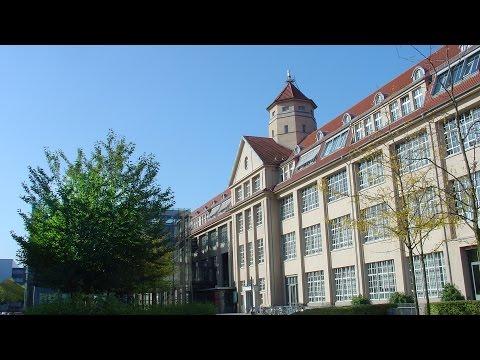 100 Jahre Hallenbau