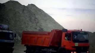 قناة السويس الجديدة : مشهد ليلى للحفر بعد غروب الشمس بالقطاع الاوسط