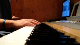 Halo - Beyonce on Piano by Kyle