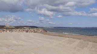 Niendorf, Germany: Strand (Beach), Ostseeküste (Baltic Sea Coastline) - 4K Video Photo(Video Image 4K Channels: http://www.videoimage4k.com Videobilder Channels: http://www.videobilder.eu Recording date: 04-2015 Notes: Video Photos are ..., 2015-06-03T07:01:02.000Z)