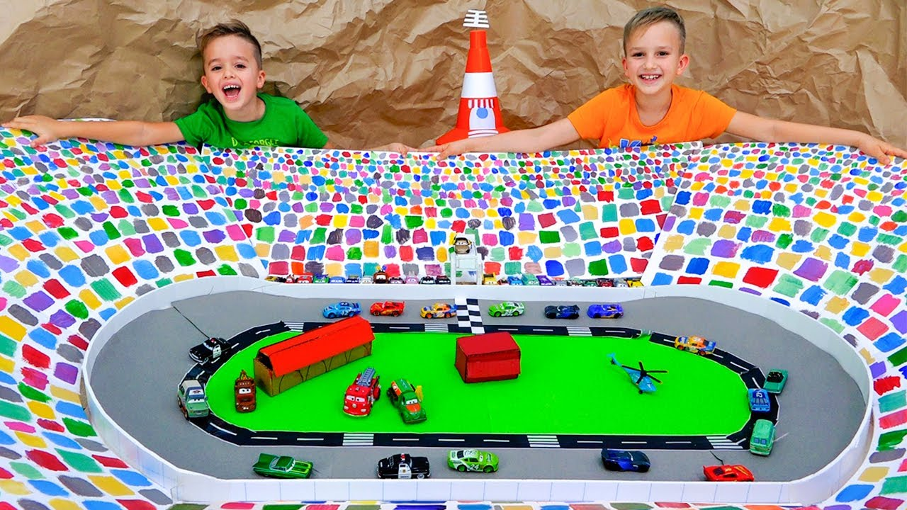 Download Vlad and Niki play with Toy Cars and build Speedway Track