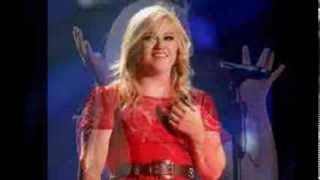 Kelly Clarkson Is Pregnant