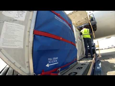 Behind the Scenes @AmericanAir - AA Cargo