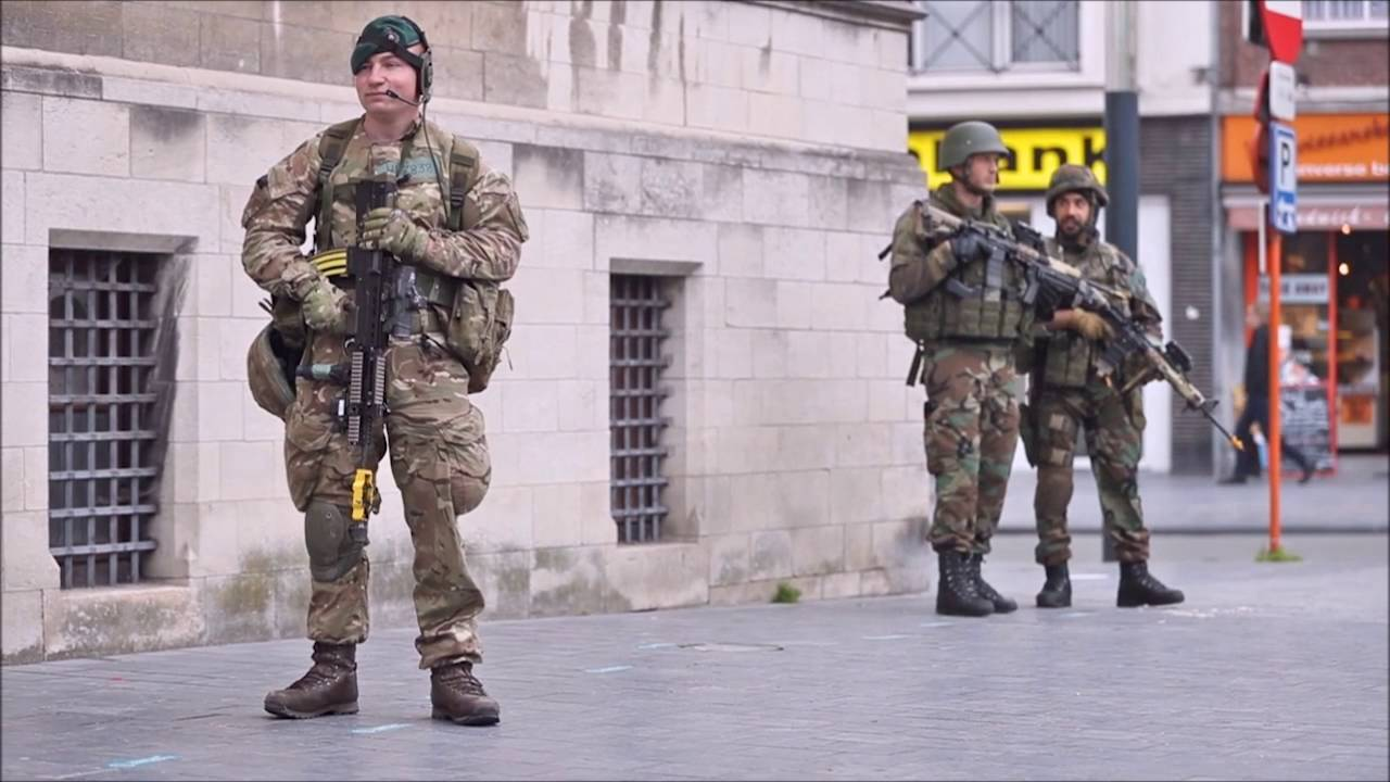 Royal Marines exercise Storm Tide 3 in Belgium - YouTube