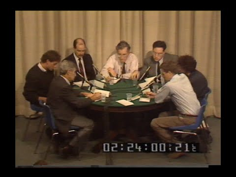 Noam Chomsky interviewed by Canadian journalists at round table, 1988