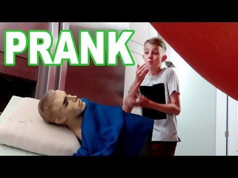 Mannequin IN THE BED PRANK CHALLENGE (FUNNY) Blanket fort edition