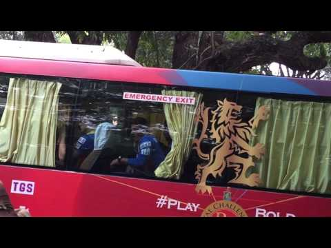 RCB bus ipl 2015 chinnaswamy stadium bangalore