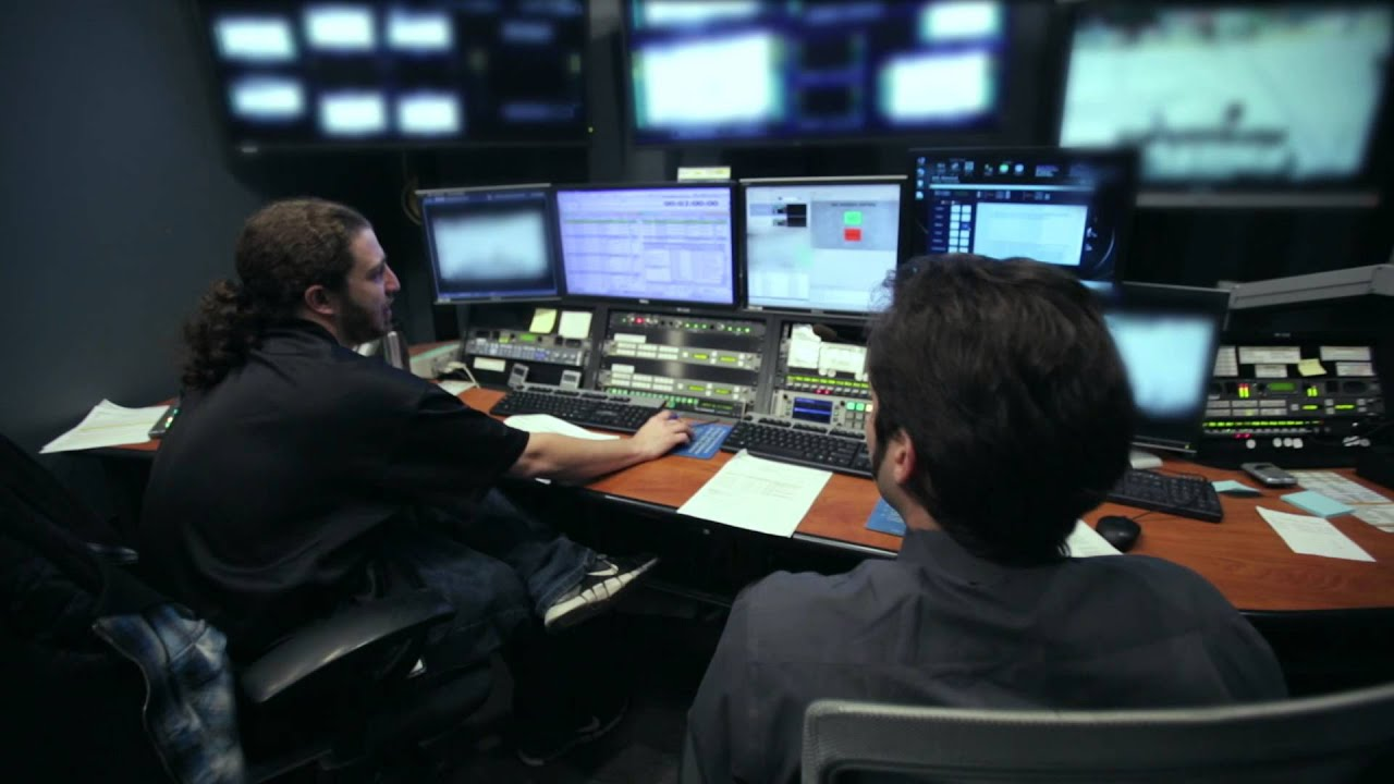 master control operator kevin is working at comcast