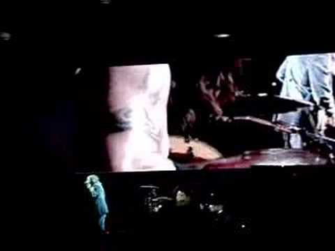 Red Hot Chili Peppers Californication Intro Virgin Festival