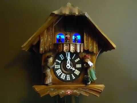 LARGE MUSICAL SWISS CHALET CUCKOO CLOCK