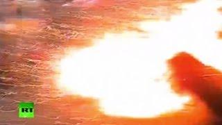 Взрыв банкомата на АЗС в южной Англии (ВИДЕО)(Утром 31 марта на заправочной станции города Уэйхилл в южной Англии группа грабителей взорвала банкомат..., 2013-04-02T12:11:29.000Z)