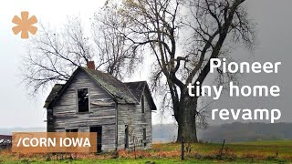 Log Cabin Simplicity: Recrafting Pioneer Tiny Homes In Corn Iowa