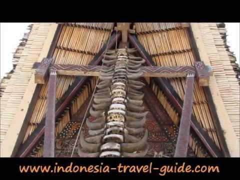 TORAJA LAND TOURISM