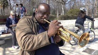 El trompetista cubano Izaguirre toca
