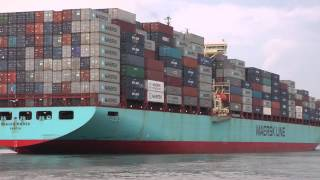 Skagen Maersk Container ship leaving Savannah vessel video