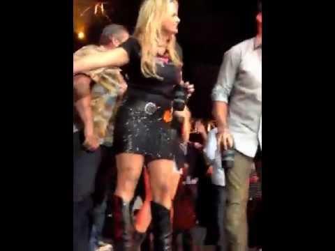 Miranda Lambert Shoots My Jack Daniels!
