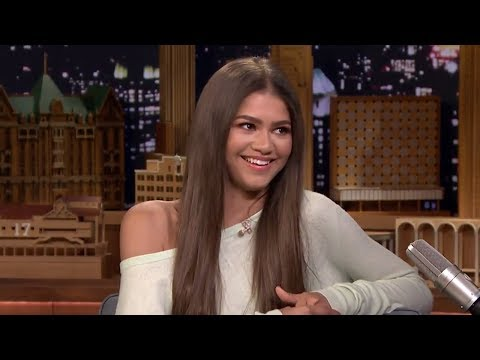 Zendaya SPILLS On Spider-Man Character & Shares Clothes With Tom Holland