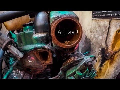 Yanmar marine diesel oil change - YouTube