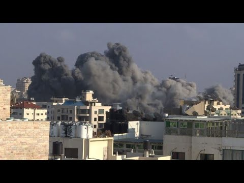 Israel pounds Gaza while Hamas fires rockets at Israel