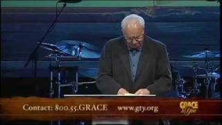 What to Look for in a Pastor - John MacArthur (Selected Scriptures) [CC]