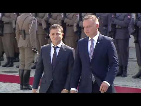 Як Дуда чекав та зустрічав Зеленського: офіційна церемонія у Варшаві - повне відео