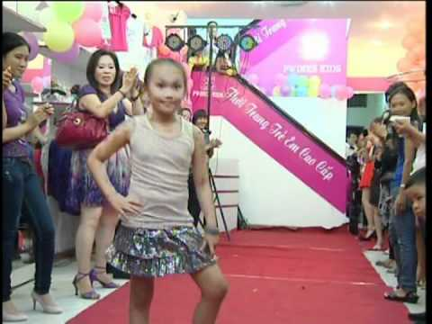 show diễn thời trang trẻ em PWINKSKIDS