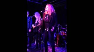 "Bebe Buell & The Nashville Aces ""Hello Music City"""