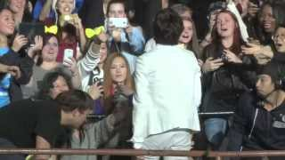 Video 2013 INFINITE One Great Step - New York [WooHyun singing to NY fan] download MP3, 3GP, MP4, WEBM, AVI, FLV Mei 2018
