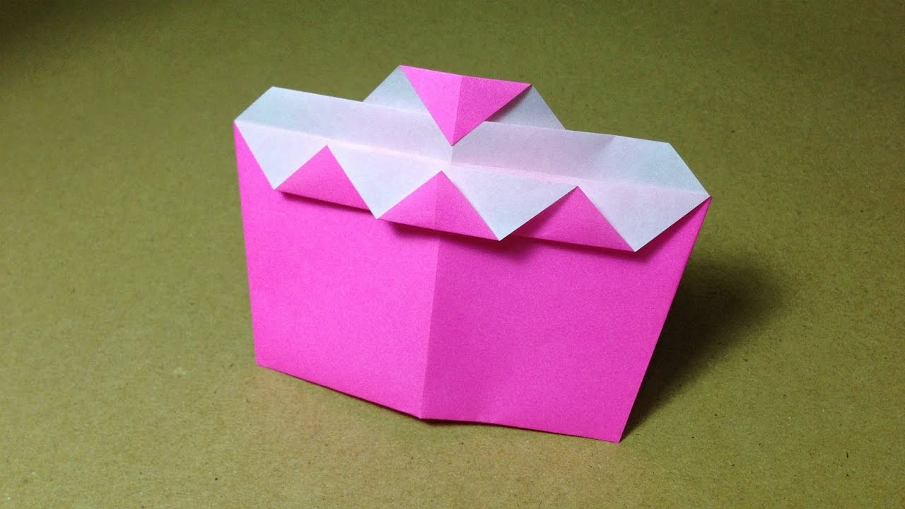 Origami strawberry cake easy for children youtube jeuxipadfo Choice Image