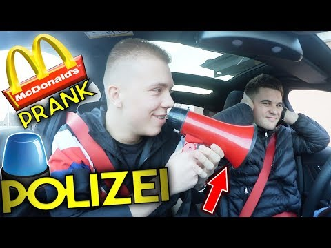 McDonalds PRANK | POLIZEI wegen MEGAPHONE ?! | FLEX IT