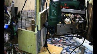 Самодельный сверлильный станок из хлама (фанера и мебельные направляющие) - тест и обзор