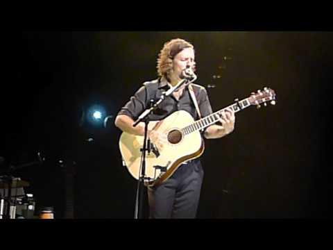 Make It Mine / In My Life - Jason Mraz + Toca Rivera - Live In Sydney 2011