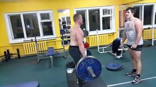 Заруба по становой тяге с Жекой  Вес штанги 105 кг 01 03 2016