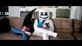 Download Lagu Selena Gomez & Marshmello - Wolves (lessismoore remix) Mp3