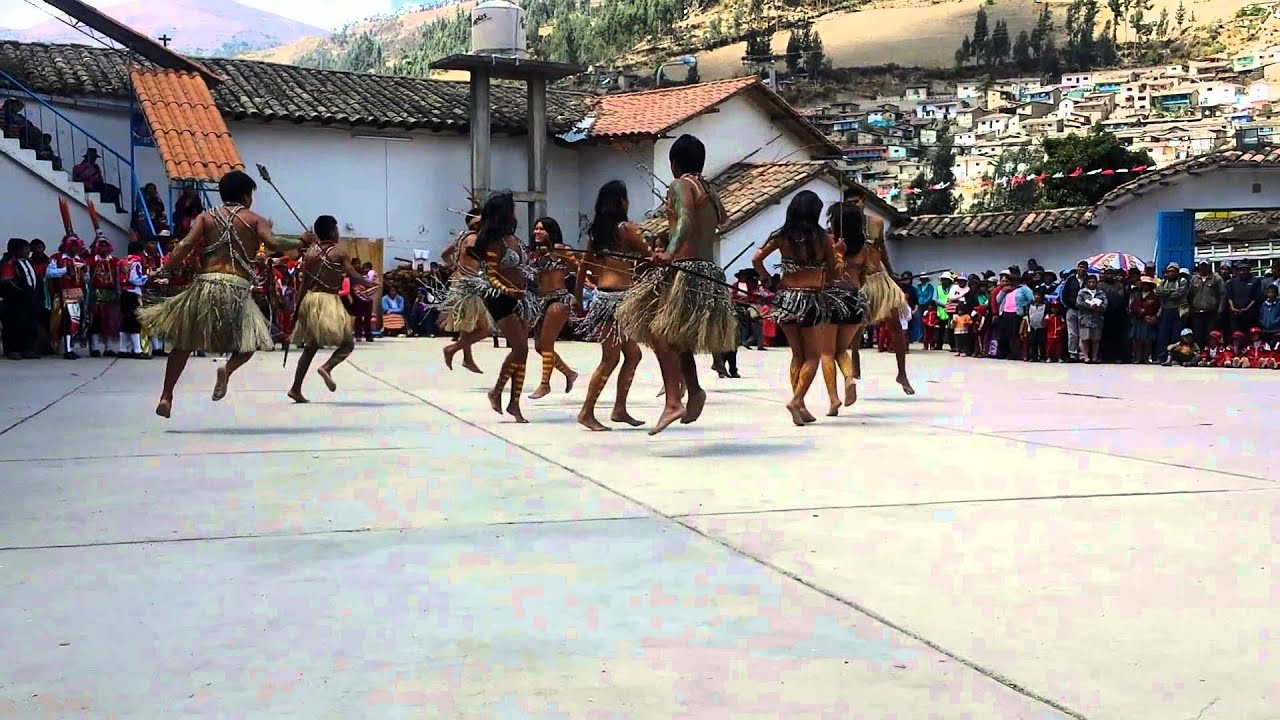 Danza La Caza del Wachipeire - YouTube