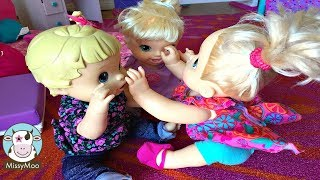 Baby Alive FIGHT! Juliet smacks Bailey and Brianna!