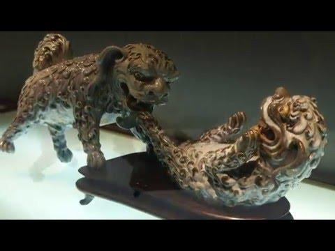 Dogs at Play in Suzhou - Amanda Richardson Artist