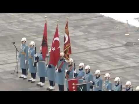 Pritja zyrtare e presidentit Nishani në Turqi